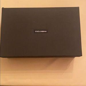 Dolce & Gabbana box